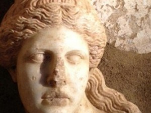 Amphipolis Tomb: Marble head of a sphinx discovered