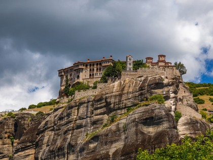Fly & Drive to Meteora